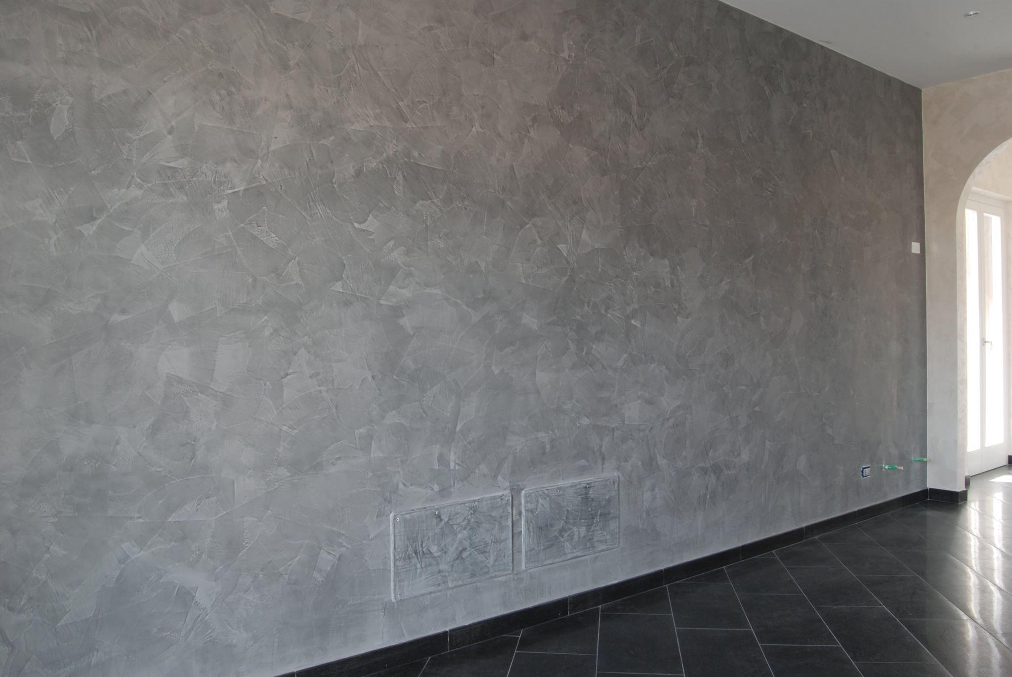 parete con effetto spugnato gabriele caponi
